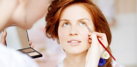 Why Women Needs The Makeup Services At Home Today